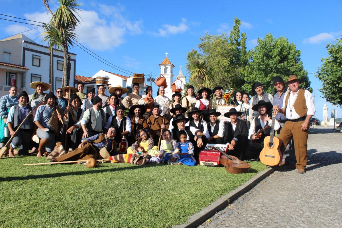 Grupo folclórico de Ereira